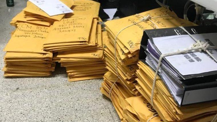 El TSE estima que hasta 50 mil personas pueden aspirar a a cargos de elección popular. (Foto Prensa Libre: Cortesía )