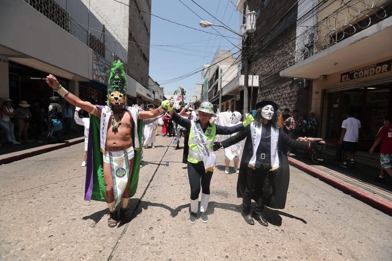 Una de las características de la Huelga de Dolores es la sátira con que se expone a los servidores públicos. Foto Prensa Libre: Juan Diego González