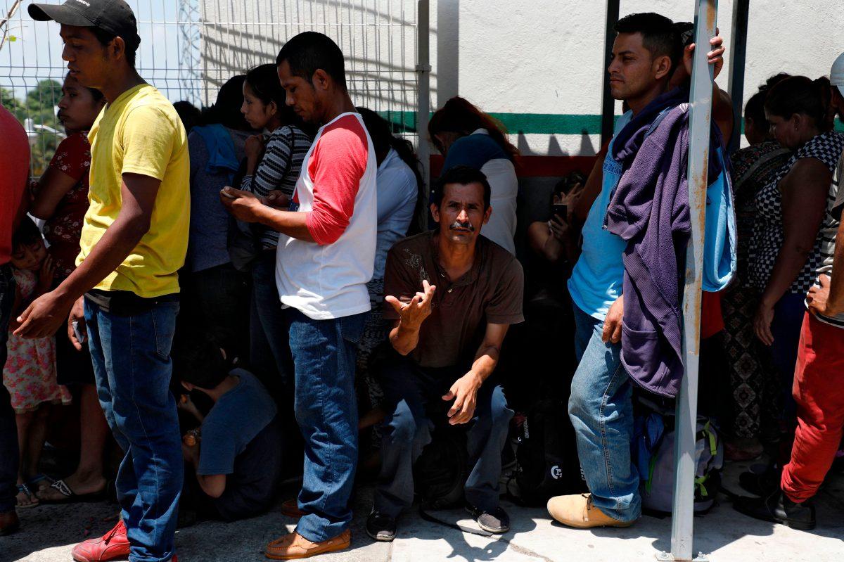 Guatemala no cuenta con albergues para salvadoreños y hondureños solicitantes de asilo en EE. UU.