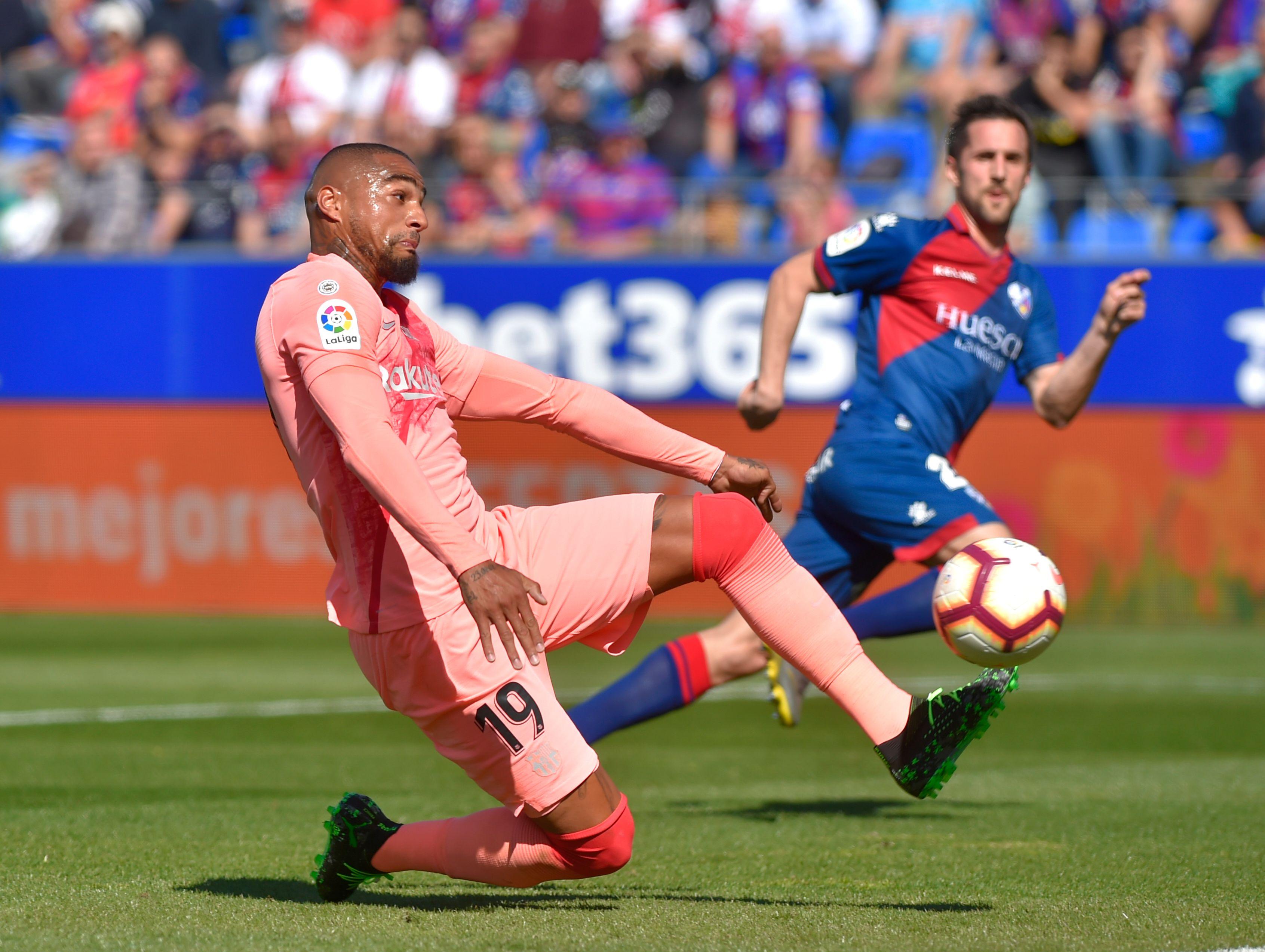 Kevin-Prince Boateng tuvo un mal partido con el Barcelona. (Foto Prensa Libre: AFP)