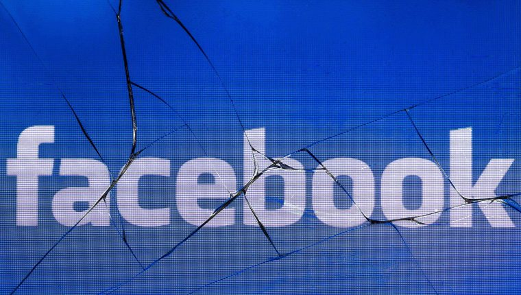 Facebook evidenció una nueva falla en la protección de datos de los usuarios (Foto Prensa Libre: AFP).