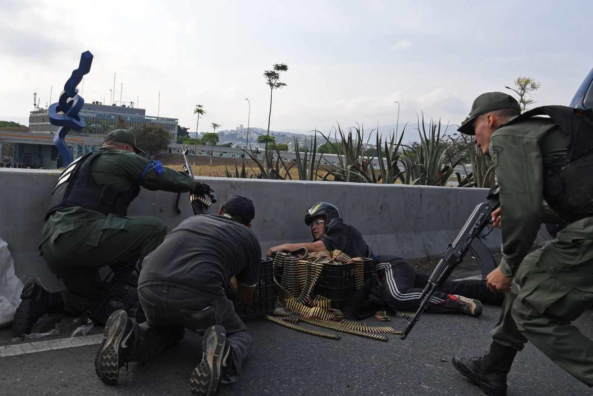 Fotogalería: Guaidó llama al Ejército para sublevarse contra Maduro