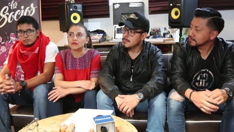 Músicos se solidarizan para recaudar fondos. (Foto Prensa Libre:  María Longo)