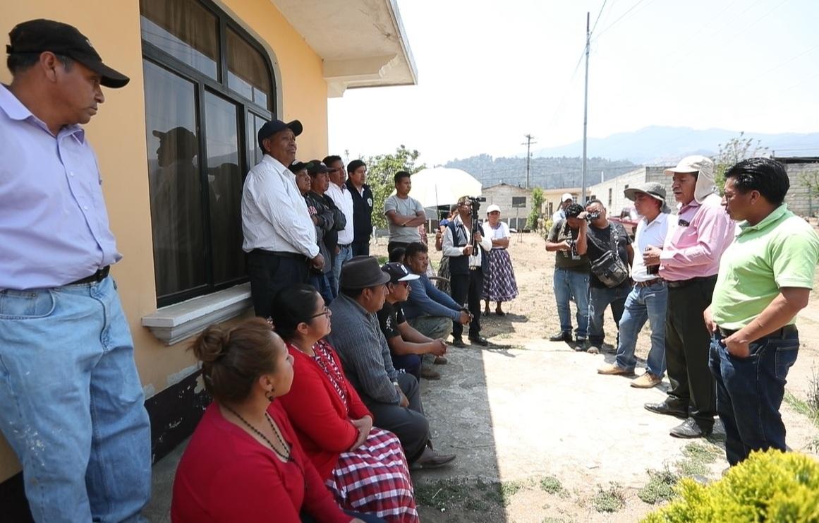 Autoridades y vecinos están preocupados por escasez de agua en La Esperanza
