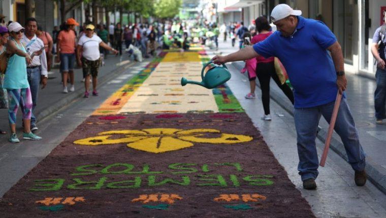 La alfombra de aserrín más larga de la Semana Santa será elaborada en el Paseo de la Sexta. (Foto Hemeroteca PL)