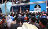 Recientemente pobladores de Cunén, Quiché, que se enfrentaron por un proyecto de agua entubada. (Foto: Prensa Libre: Héctor Cordero).