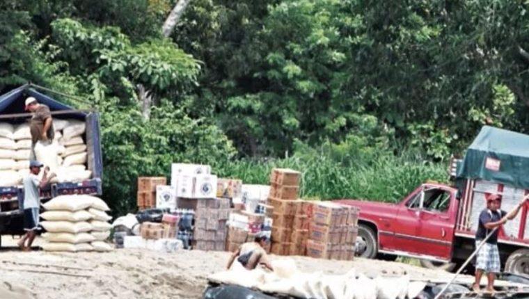 Guatemala está libre de la influenza aviar y el contrabando de productos avícolas de México pone en riesgo la producción nacional, expuso la fiscal Rossana Pérez Müller. (Foto Prensa Libre; Hemeroteca)
