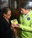 El alcalde Ricardo Quiñónez utiliza en su campaña un verde similar al color institucional de la Municipalidad. (Foto Prensa Libre: Tomada de Facebook)