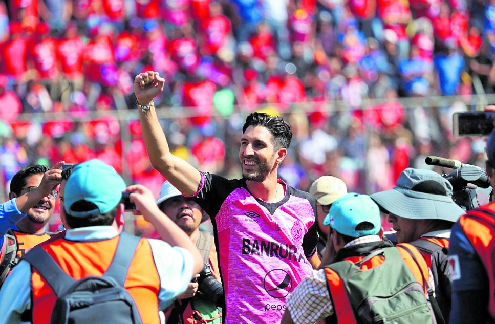 Jaime Penedo recibirá un homenaje en su natal Panamá. (Foto Prensa Libre: Hemeroteca PL)