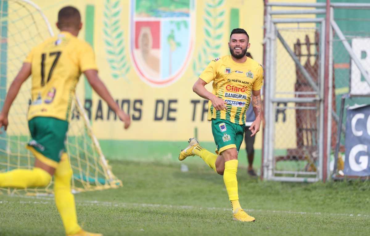 Aaron Navarro de Guastatoya lidera el Top 5 de los mejores goles de la jornada 16 del Clausura 2019
