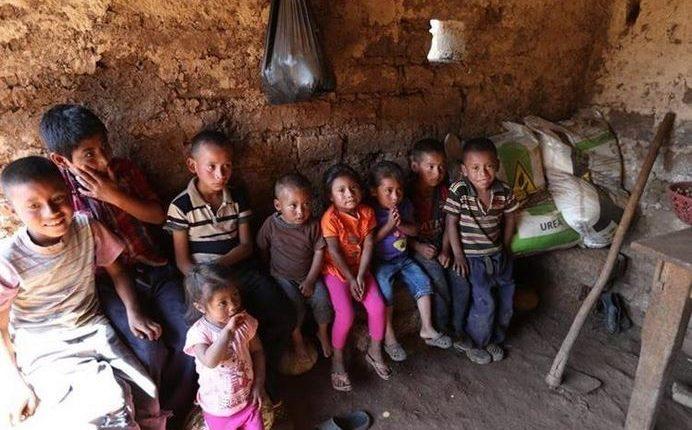 Las comunidades del área rural son las más golpeadas con la desnutrición crónica, debido a la falta de oportunidades de educación y empleo. (Foto Prensa Libre: Hemeroteca PL)