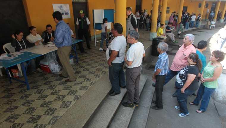 Los partidos políticos son vulnerables a ser penetrados por el crimen organizado debido a su poca institucionalidad, señalan expertos. (Foto Prensa Libre: Hemeroteca PL)