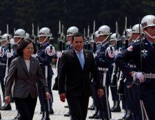 Jimmy Morales está en Taiwán para profundizar las relaciones entre los dos países, también en el aspecto económico. (Foto Prensa Libre: EFE)