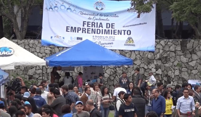 En la Usac se han llevado a cabo otras ferias de emprendimiento. (Foto Prensa Libre: Toma de video de la Usac).