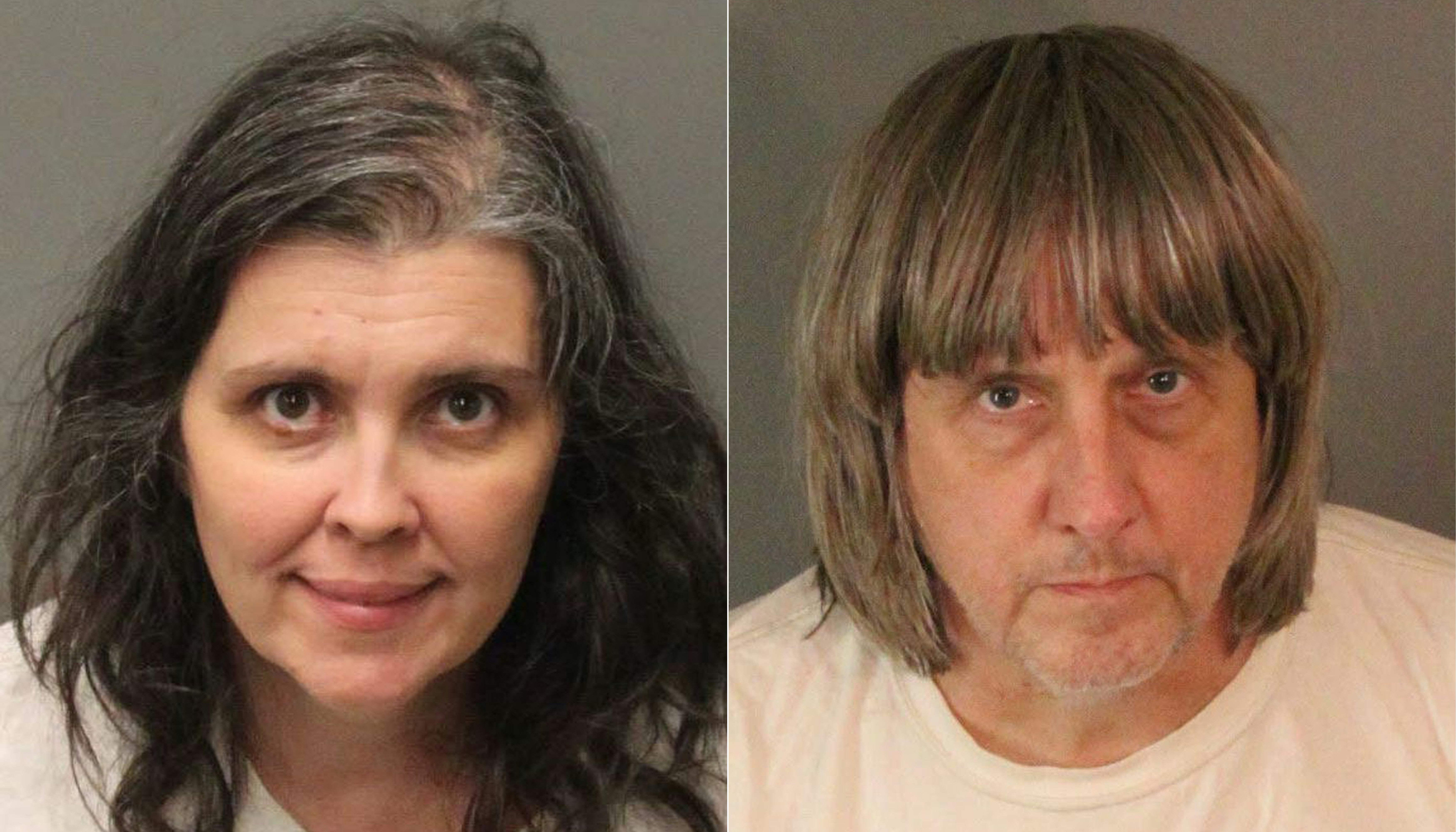"""La pareja de California fue encarcelada por al menos 25 años el viernes 19 de abril de 2019 luego de haber encarcelado y torturado a 12 de sus 13 hijos en un caso espeluznante de la """"Casa de los Horrores"""" que conmocionó al mundo. (Foto Prensa Libre: AFP)"""