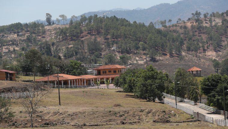 Esta es una hacienda propiedad de Mario Estrada en Jalapa, donde el político acusado en Estados Unidos recibió a Jimmy Morales. (Foto Prensa Libre: Hemeroteca PL)