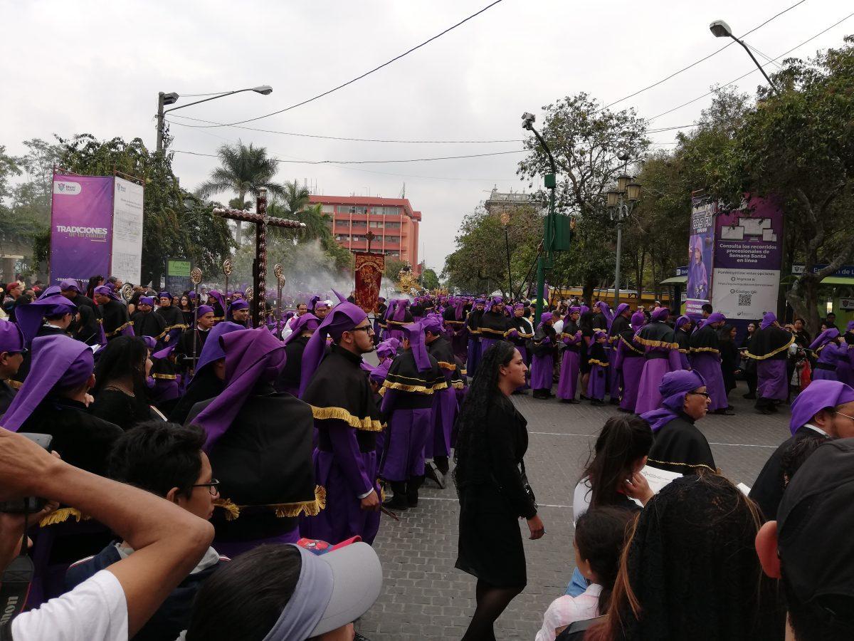 Tradición y fe de Semana Santa en Guatemala se transmiten entre generaciones