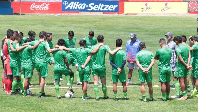 Xelajú se ubica noveno en la tabla de posiciones con 18 puntos, a cuatro de la zona de clasificación. (Foto Prensa Libre: Raúl Juárez)