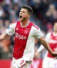 Klaas Jan Huntelaar del Ajax hizo efectiva una semana mágica para el club holandés. (Foto Prensa Libre: EFE)