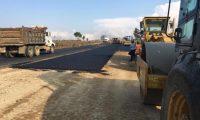 Trabajadores se apresuran a finalizar obra, que será inaugurada este viernes. (Foto: Víctor Chamalé)