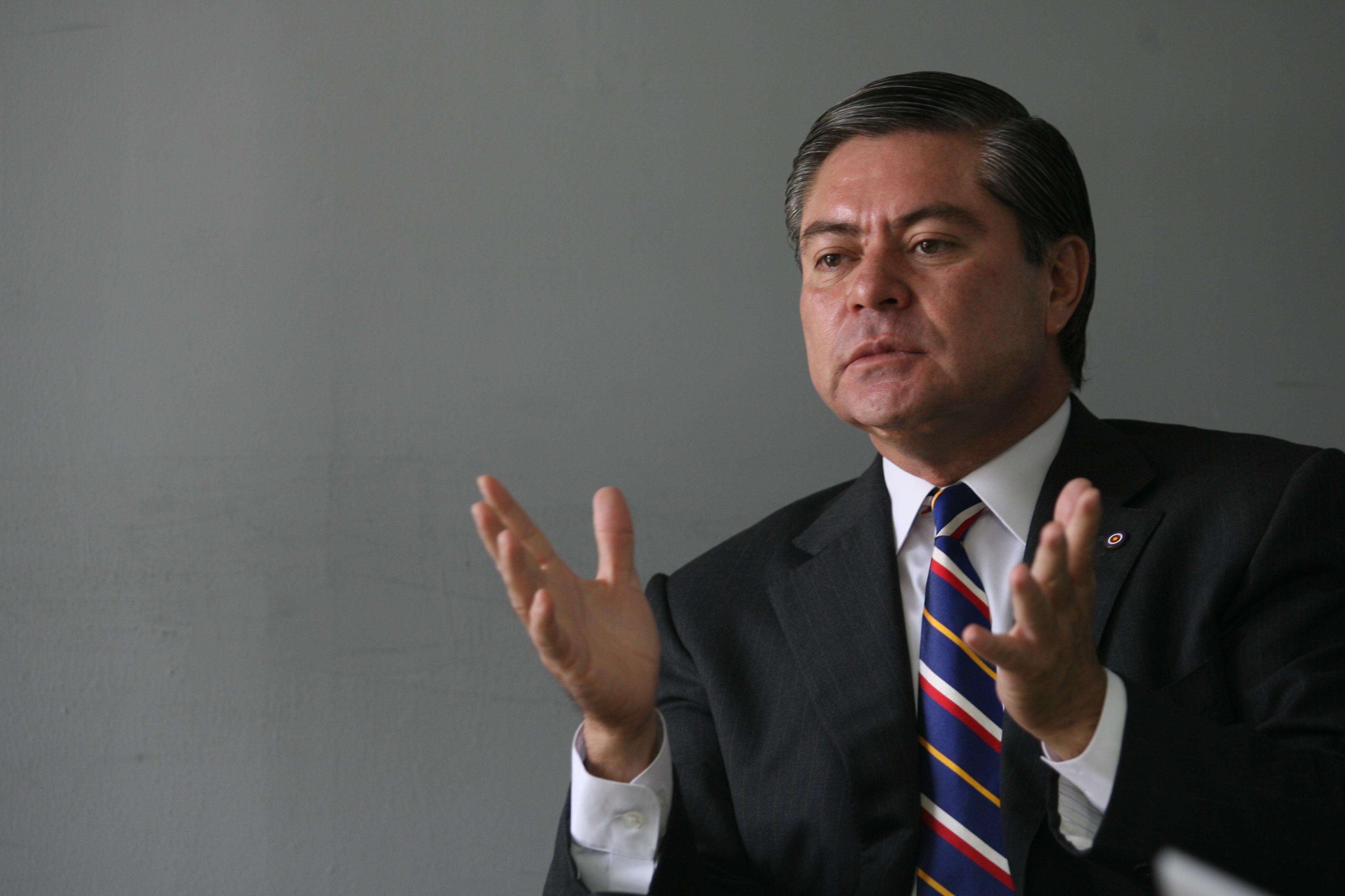 Mario Estrada candidato presidencial del partido Unión del Cambio Nacional (UCN), acusado de vínculos con el cartel de Sinaloa. (Foto Prensa Libre: Hemeroteca PL)