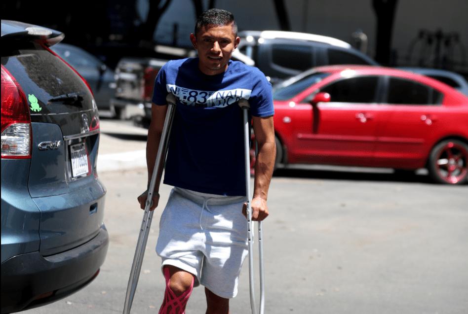 Carlos Mejía sufre una lesión de rodilla y es una de las grandes bajas para Comunicaciones. (Foto Prensa Libre: Carlos Vicente)