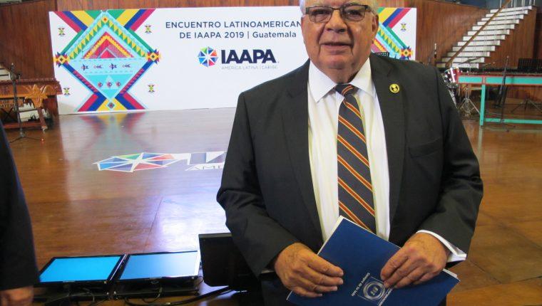 Diego Pulido, gerente general y director corporativo del Grupo Financiero Corporación BI, habla de la situación política y económica de Guatemala. (Foto Prensa Libre: María René Barrientos).