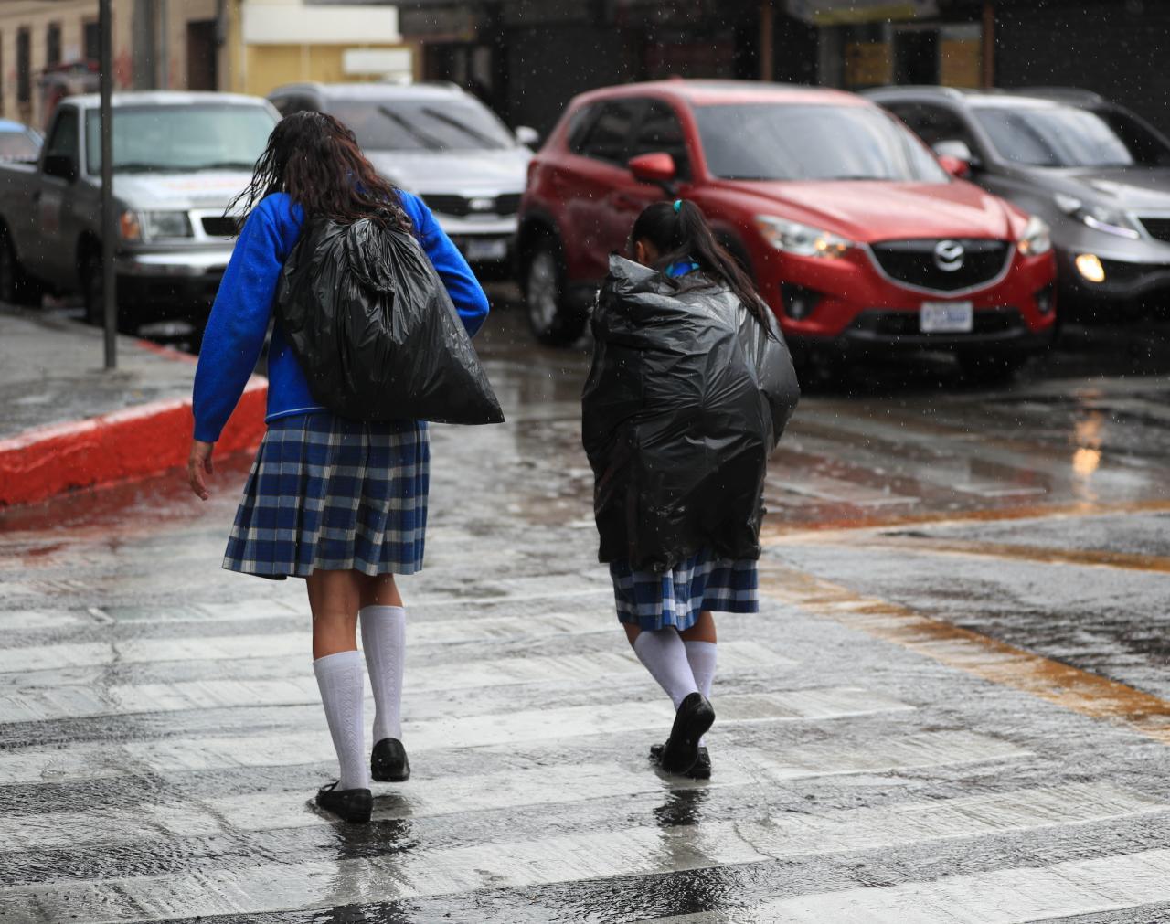 Se espera que durante esta época lluviosa algunos sistemas tropicales afecten el territorio nacional. (Foto Prensa Libre: Hemeroteca PL)