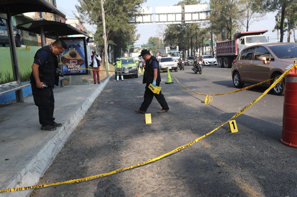 Los migrantes hondureños sufrieron un ataque armado en la zona 7, dejando cuatro heridos. (Foto Prensa Libre: Hemeroteca PL)