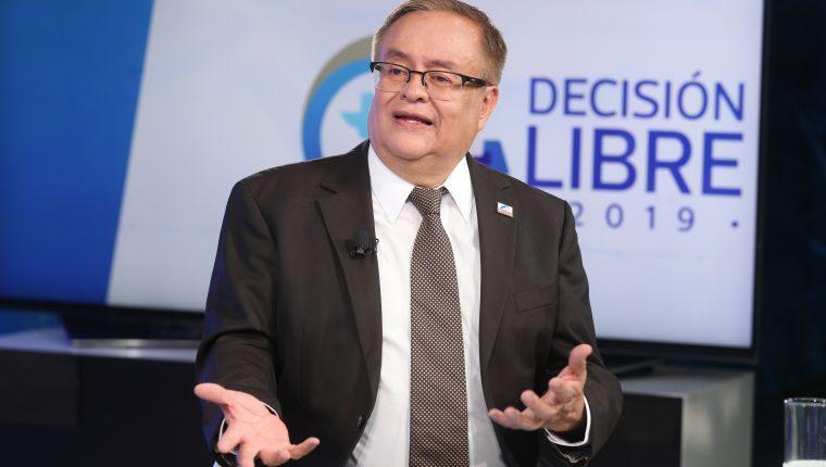 Mauricio Radford, durante el programa Sin Filtro Electoral. (Foto Prensa Libre: Esbin García)
