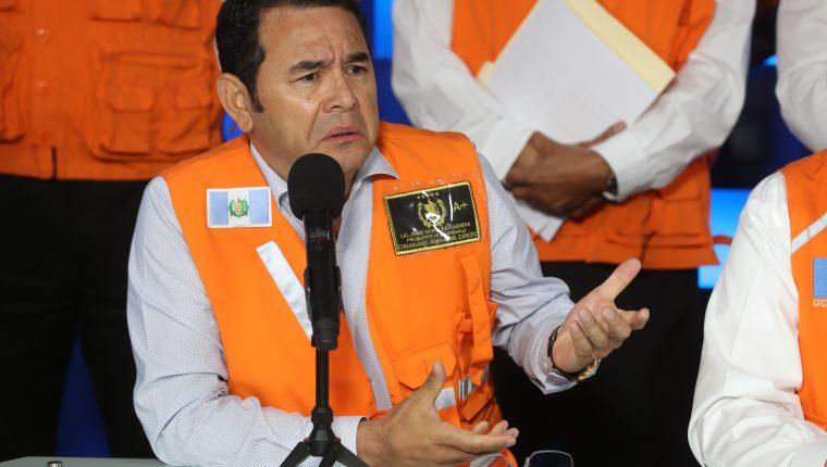 Jimmy Morales habla sobre su reunión con Mario Estrada. (Foto Prensa Libre: Esbin García)