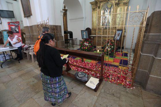 Sus restos están en la Catedral Metropolitana.