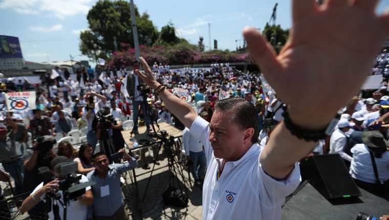 Mario Estrada, en el lanzamiento de su campaña presidencial, el 23 de marzo del 2019. Menos de un mes después sería detenido en EE. UU. (Foto Prensa Libre: Hemeroteca PL)