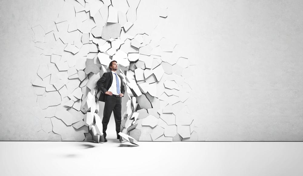 La toma de decisiones es un punto muy importante para ser un emprendedor alfa. (Foto Prensa Libre: Shutterstock)