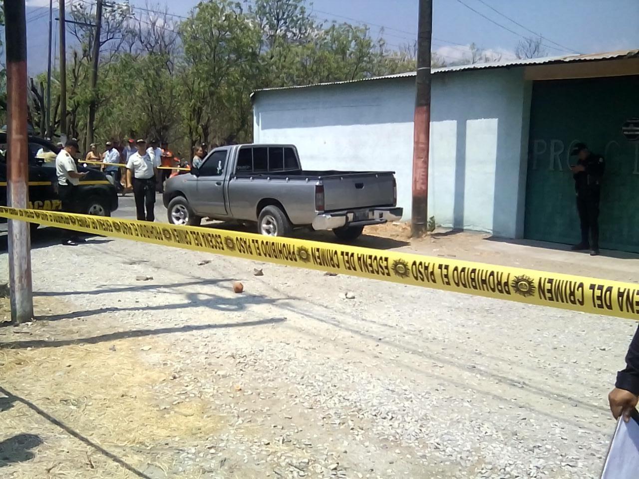 El ataque ocurrió en la ruta que conduce a Chispán, Estanzuela, Zacapa. (Foto Prensa Libre: Cortesía PNC)