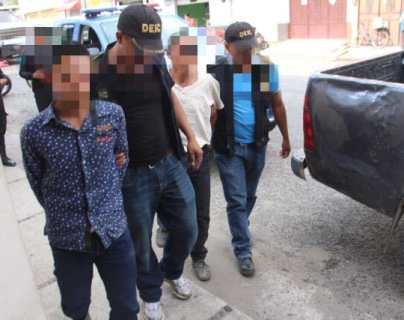 Capturan a padre e hijo señalados de haber desmembrado a un hombre por posibles problemas por tierras