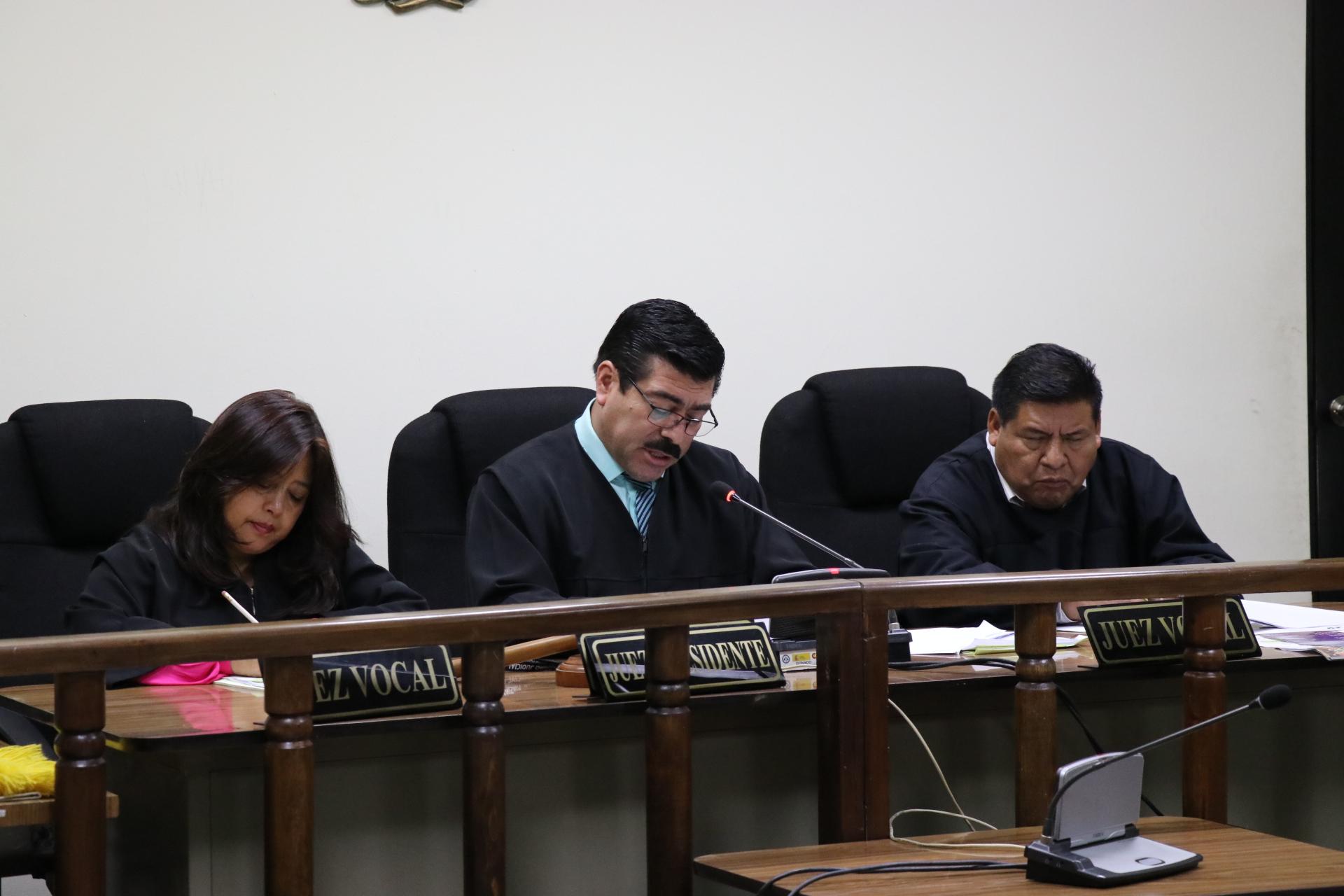 Tribunal de Sentencia de Santa Cruz del Quiché condena a 41 años y ocho meses a tres hombres, por haber matado a pastor evangélico (Foto Prensa Libre: Héctor Cordero).