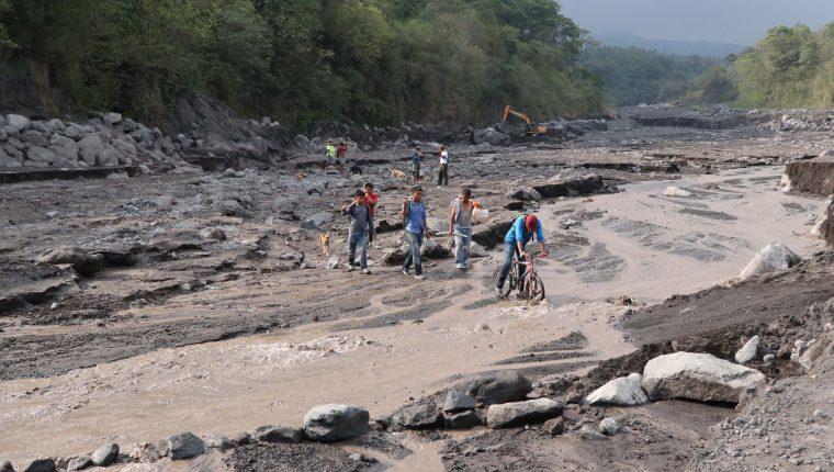 Las lluvias que se prevén para los próximos días podrían provocar lahares en el Volcán de Fuego. (Foto Prensa Libre: Hemeroteca PL)
