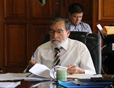 Alcalde de Xela indicó que tiene multas pendientes por pagar en la CGC. (Foto Prensa Libre: María Longo)