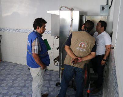Suspenden actividad de 26 empacadoras de agua por no cumplir con registro sanitario