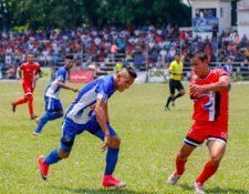 """David Aroche es uno de los jugadores involucrados en las """"trampas"""" de Quiché FC. (Foto Prensa Libre: Hemeroteca PL)"""
