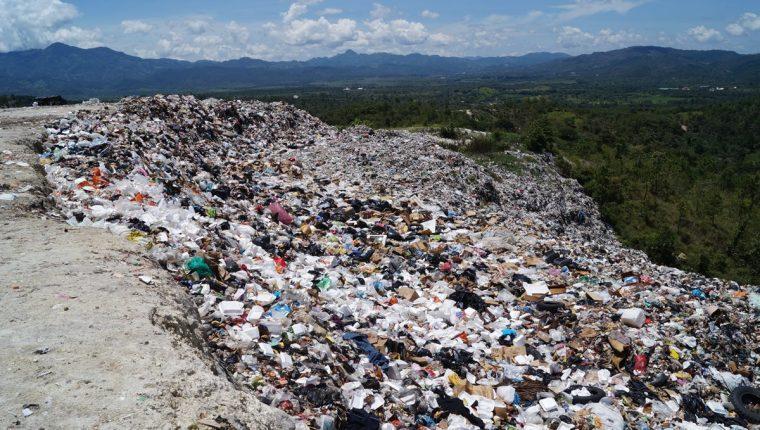 Hay que ver los vertederos como minas de oro, dice jefe ambiental de la Comisión Europea