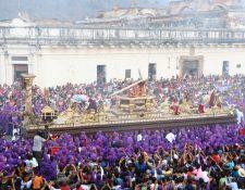 Se espera la llegada de miles de devotos y turistas por procesión de Jesús de la Caída de San Bartolomé Becerra. (Foto Prensa Libre: Julio Sicán).