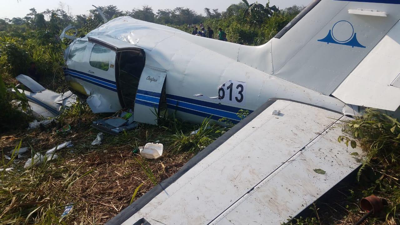 En el lugar del accidente fueron encontrados dos cadáveres, presuntos tripulantes de la aeronave. (Foto: Ejército de Guatemala)