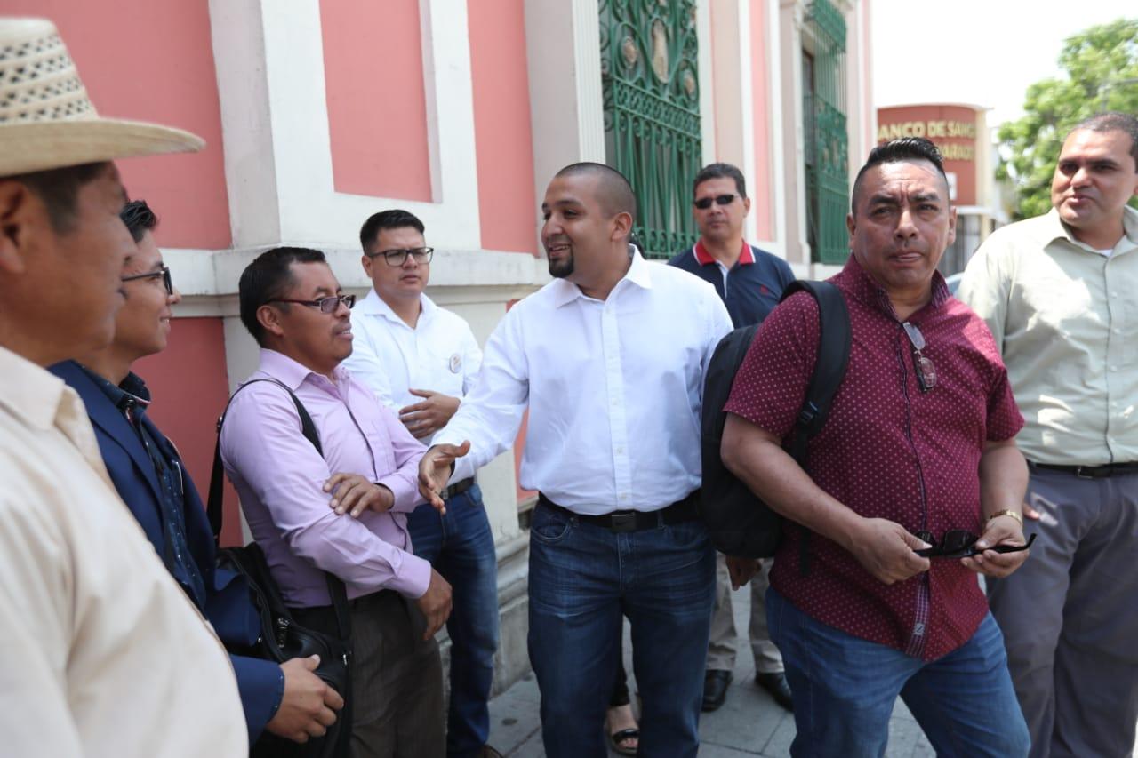 Comités cívicos exigen al TSE su inscripción. Foto PRENSA LIBRE: Erick Avila