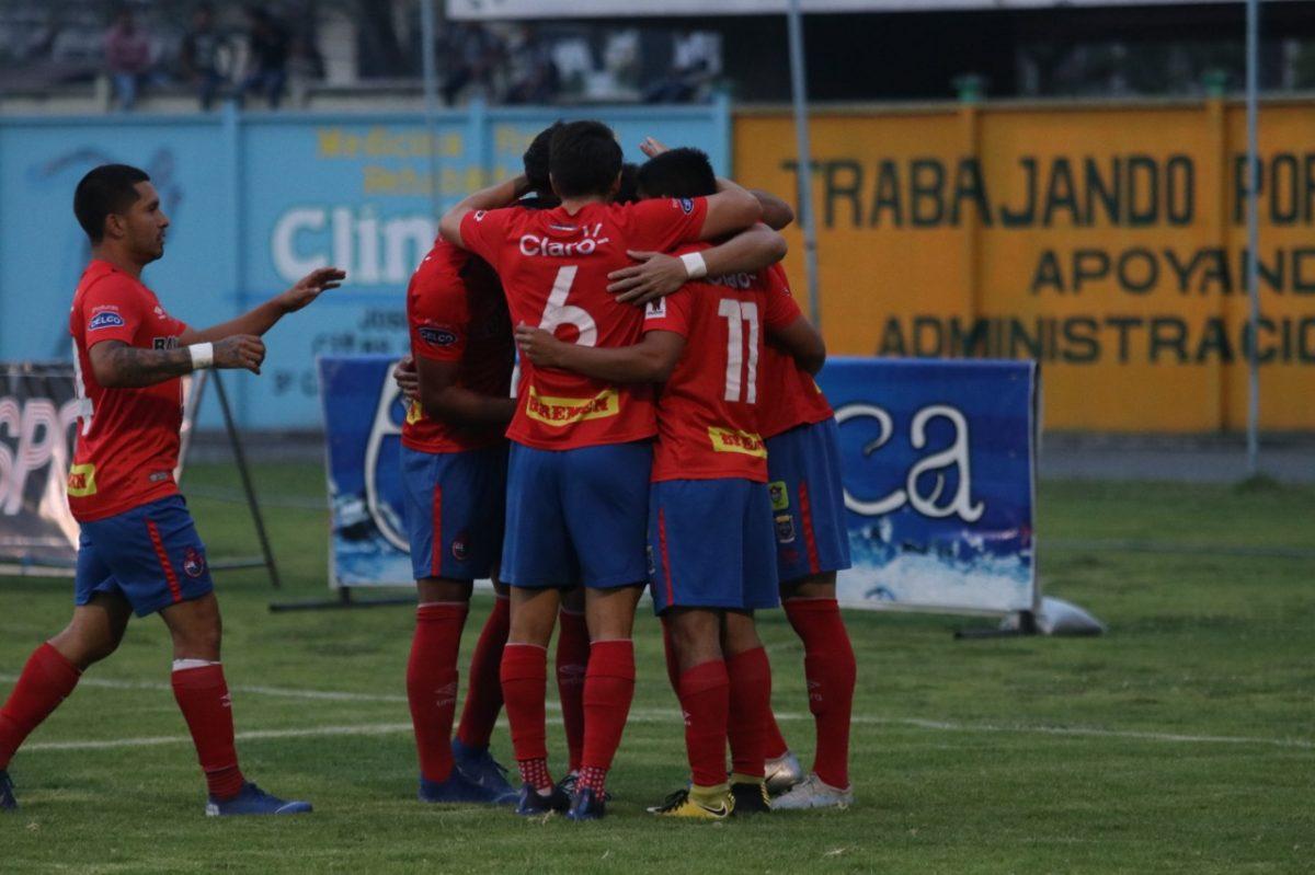 Municipal hunde a Deportivo Chiantla con una goleada inesperada en Los Cuchumatanes
