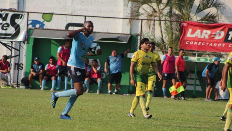 William Zapata anotó un doblete en la victoria de Sanarate que se aferra a la Liga Nacional. (Foto Prensa Libre: Cortesía)