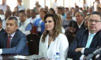 La candidata presidencial Zury Ríos Sosa expone ante la CC los argumentos que le permitan participar en el proceso electoral. (Foto Prensa Libre: Esbin García)