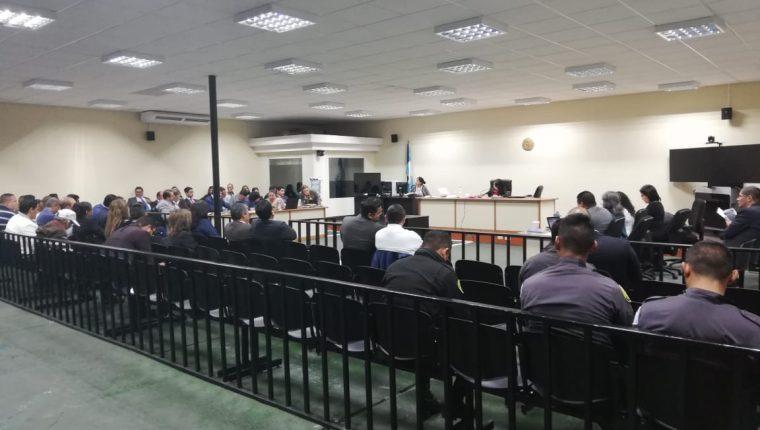 Acciones de la defensa de los implicados entorpecieron la  audiencia. (Foto Prensa Libre: Juan Diego González)