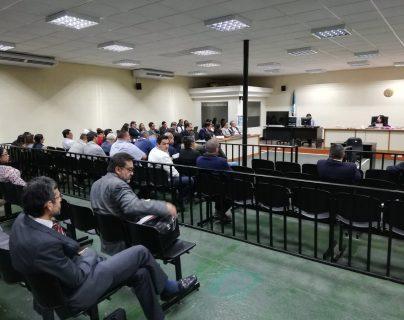 En la megasala se desarrolla la indagatoria a los implicados en un caso del MP y la Cicig de lavado de dinero denominado Fénix. (Foto Prensa Libre: Kenneth Monzón)